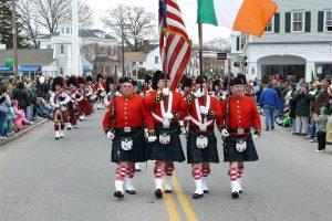המצעד האירי השנתי של העיר מיסטיק - Photo by: mysticirishparade.org
