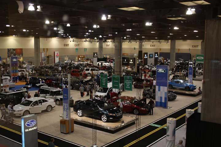 תצוגת מכוניות של Motor Trend Auto Shows - צילום: www.motortrendautoshows.com