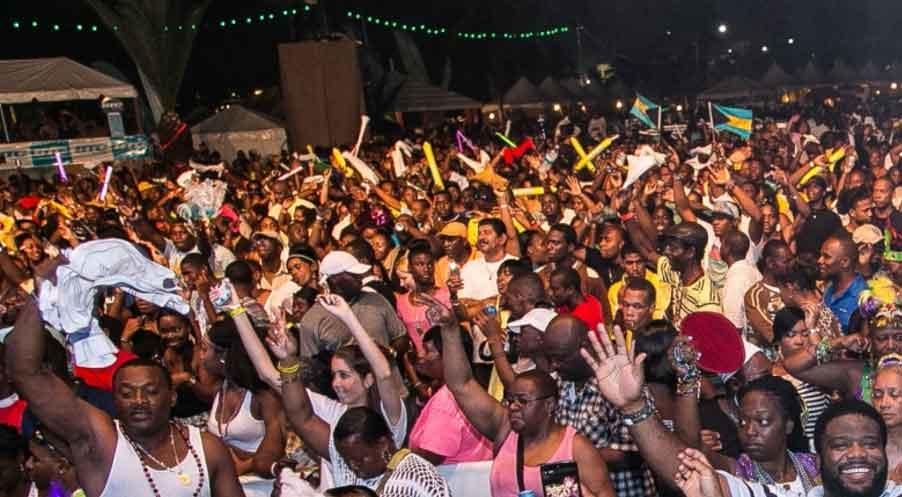 קרנבל ג'אנקנו באיי בהאמה - צילום: bahamasjunkanoocarnival.com