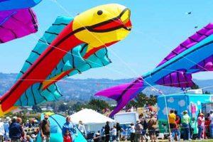פסטיבל ותחרות העפיפונים של החוף המערבי בעיר ברקלי - צילום: www.highlinekites.com