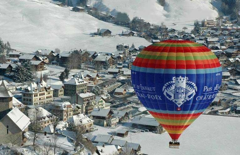 פסטיבל הכדורים הפורחים בשָאטוֹדִיקס - www.festivaldeballons.ch : צילום