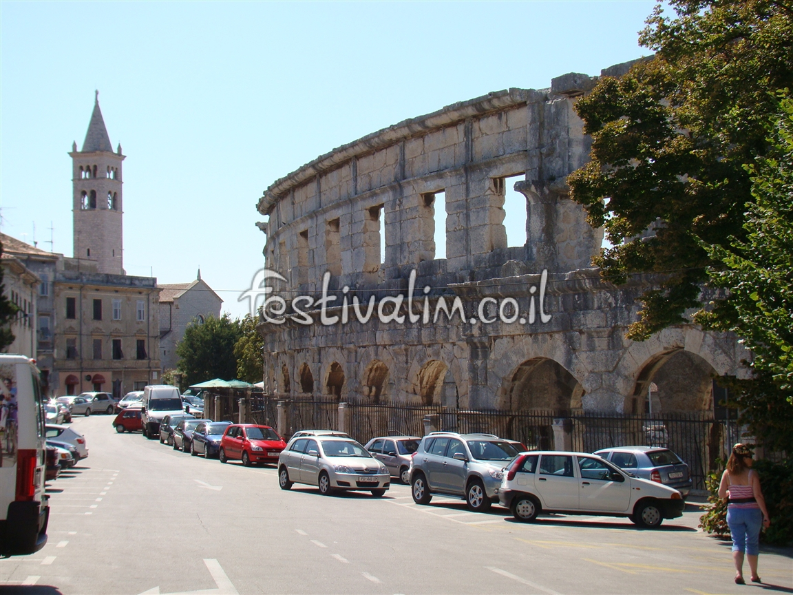 האמפיתיאטרון העתיק בעיר פולה, קרואטיה - צילום באדיבות: © CarniFest Online