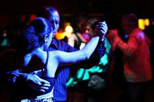 ריקוד - צילום: Luis Fernando Osorio [via-pixaba]