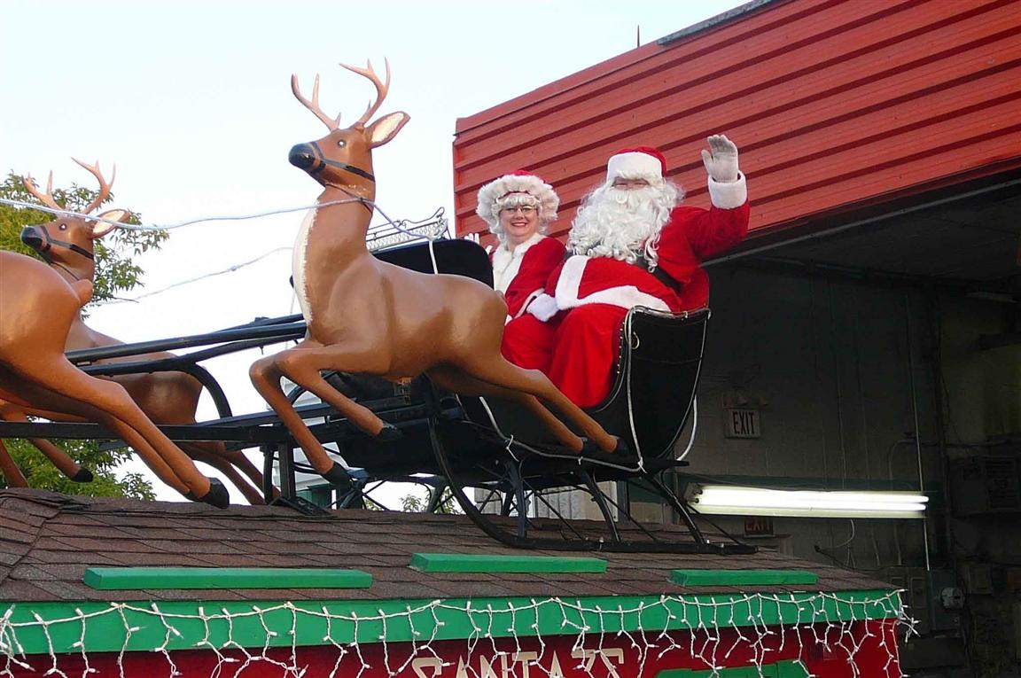 מצעד סנטה קךאוס בהמילטון, קנדה - באדיבות: Nicholas C. Scime