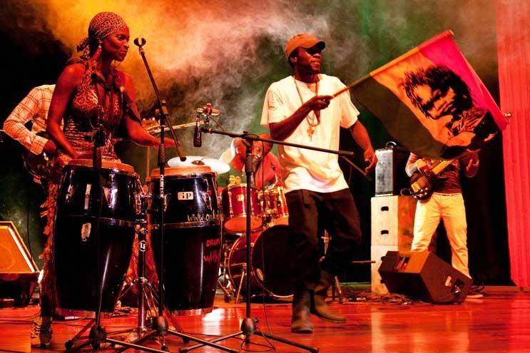 פסטיבל המוזיקה והאומנות אי-קווין - צילום: William Cummins (via Rachelle GRAY / I-Queen.org)