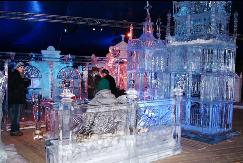 פיסול בקרח - Photo by: www.icesculpture.be