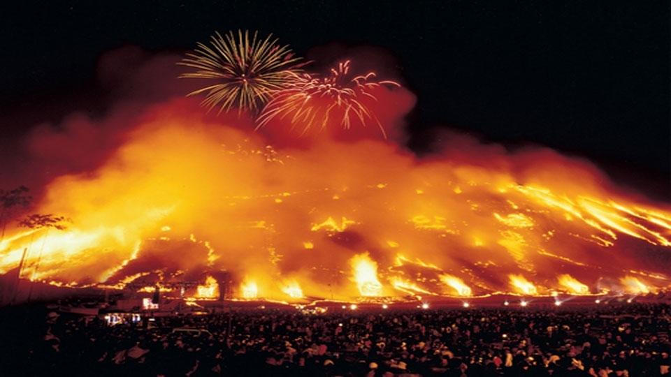 פסטיבל האש - גֶ'אוֹנגוֹוֹל דָאֶבוֹרֶאוּם - צילום: visitkorea.or.kr