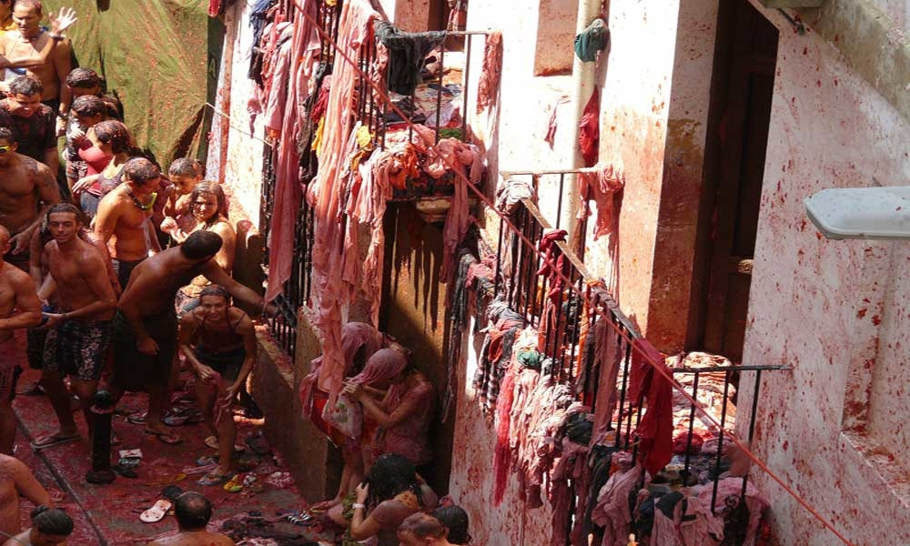 מלחמת העגבניות - לָה טוֹמָטִינָה', ביונול, ספרד - צילום: Mati Sánchez [via-pixabay.com]