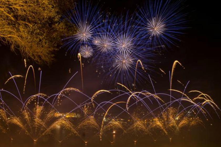 פסטיבל הזיקוקים במלטה זיקוקים - צילום: www.maltafireworksfestival.com