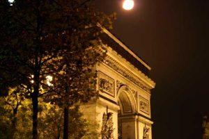 שער הניצחון בפריס - צילום: zerodesign