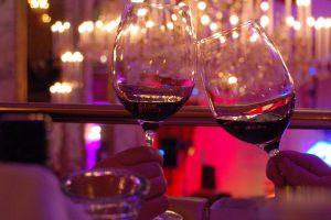 יין אדום - צילום: Evang Schomake