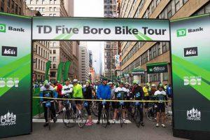 """רכיבת האופניים """"פייב בורו"""" בניו יורק - Photo: www.bikenewyork.org / Kfriedman"""