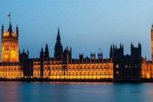 בית הפרלמנט בלונדון - צילום: Luxstorm [via-pixabay.com