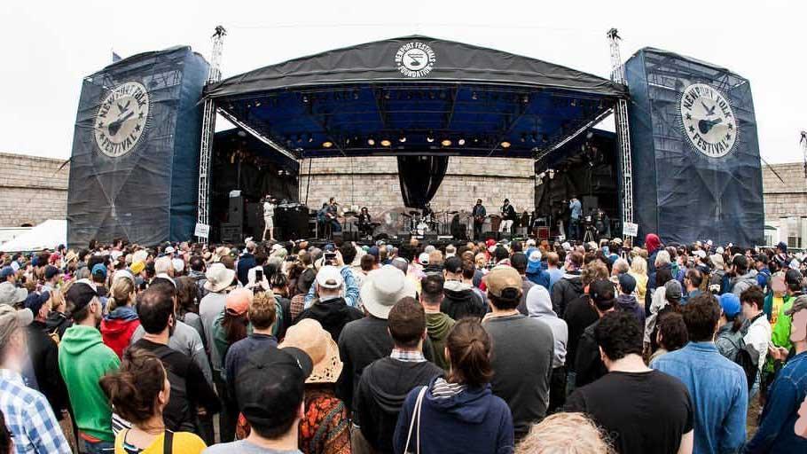 צילום: www.newportfolk.org